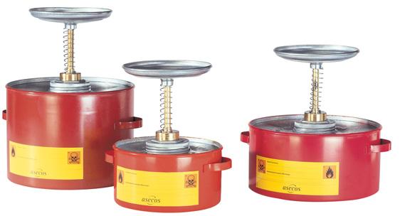 B. plunjerkannen - staal/polyethyleen