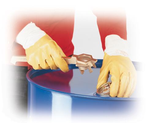 B. vatgereedschap - vatensleutel, veiligheidsventiel, peilglas/-stok